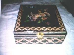 scatola nero/rosa